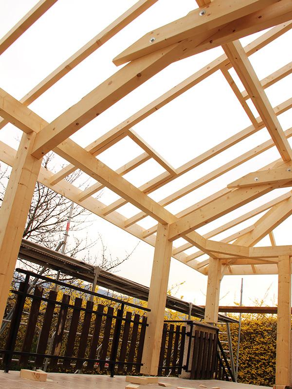 charpentier en savoie travaux de charpente couverture de toit et zinguerie. Black Bedroom Furniture Sets. Home Design Ideas