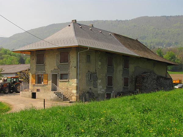 Rénovation de la couverture d'un corps de ferme à la Motte-Servolex – Savoie